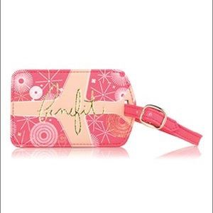 NWT 💝 Benefit Cosmetics Travelin' Luggage Tag